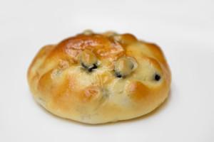 ちいさなパン畑「黒豆パン」
